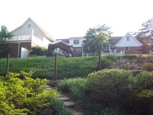 Family Haven / Self Sufficient Apartment - Handicap Accessible